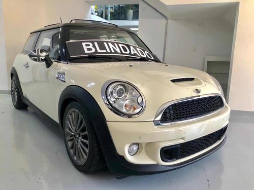 mini cooper 1.6 s 16v turbo gasol 2p aut blind guardian n3a