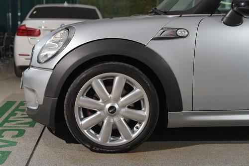 mini cooper s 1.6 16v turbo 2p aut./2010