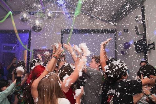 mini disco+lanza espuma = fiesta teens,egresados,cumpleaños