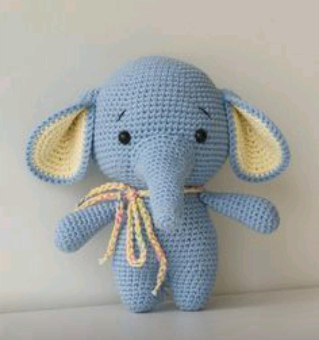 Amigurumi elefantinha | Elefante de crochê, Amigurumi de animais ... | 1151x1080