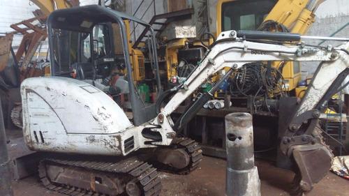 mini escavadeira da bob cat 325 ano 2010