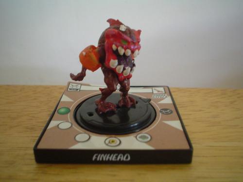 mini figura finhead de wizkids  2003 mide 5 cms