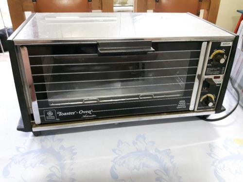 mini forno elétrico compacto. 110 volts. black & decker.
