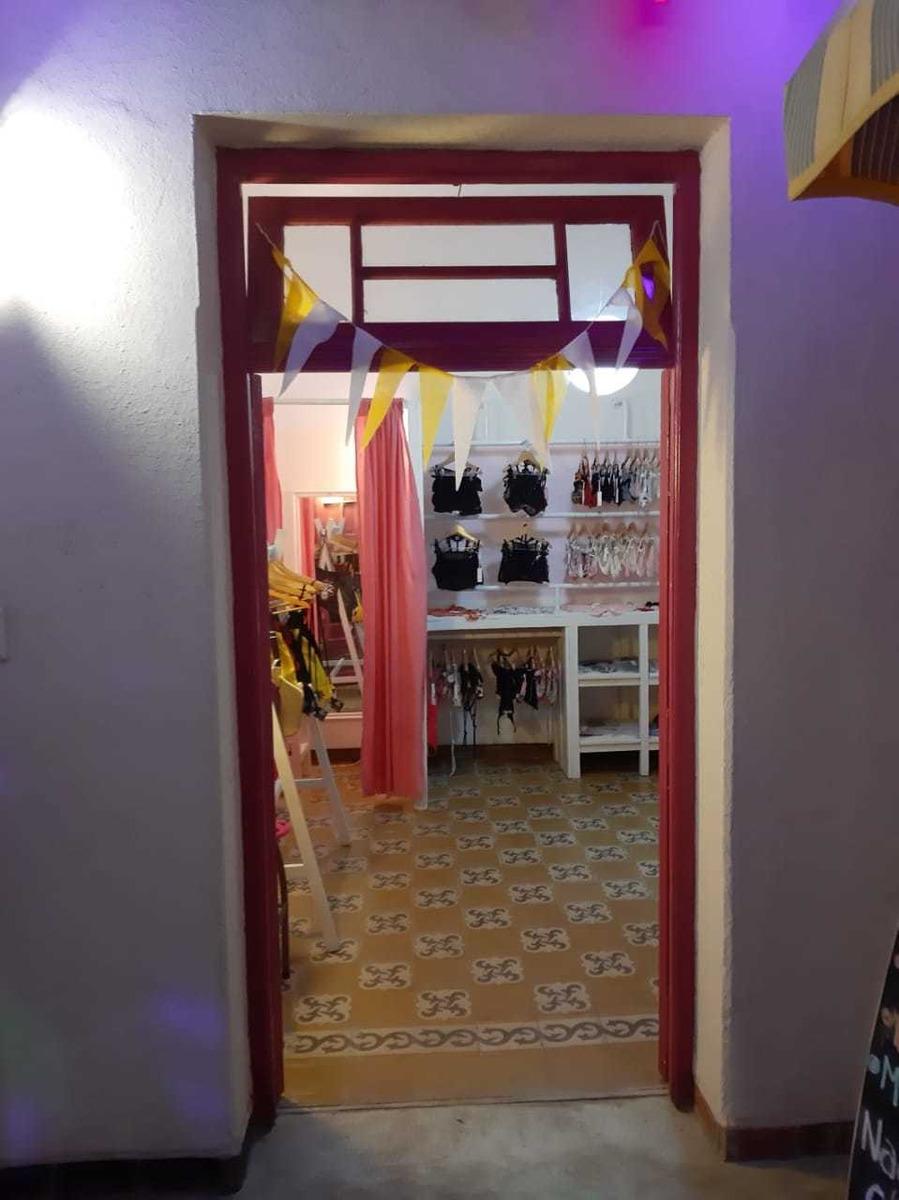 mini galeria sobre belgrano, mejor ubicacion guemes!!