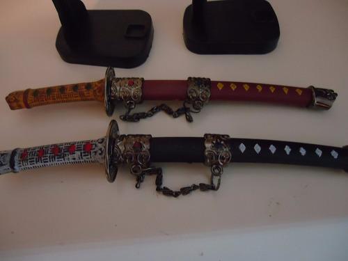 mini katana com 1 espada enfeite com suporte ninja samurai