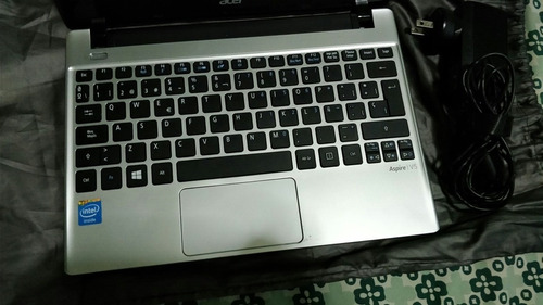 mini laptop acer 11  v5