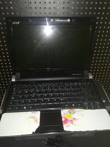 mini laptop acer aspire one d250-1806 ! fleje dañado!