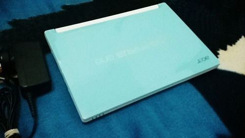 mini laptop acer ultra delgada edición especial 2gb de ram
