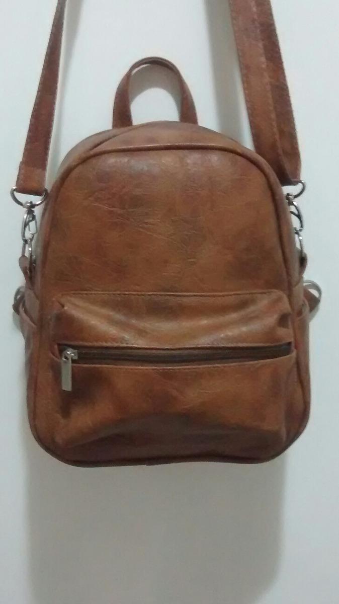 405208ce7 mini mochila no couro sintético caramelo fabricação própria. Carregando  zoom.