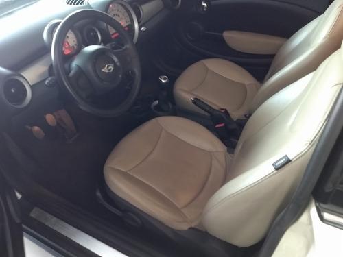 mini one carro