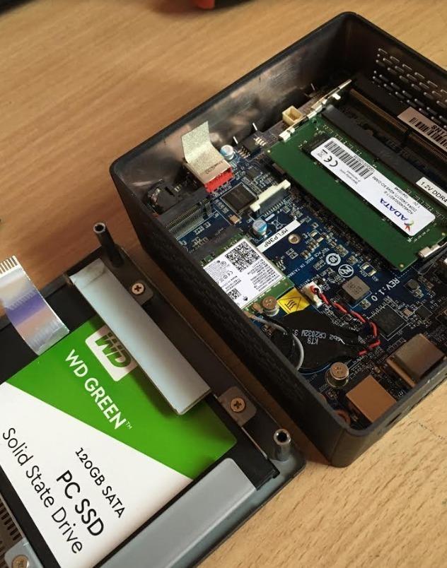 Mini Pc Gigabyte Brix Bki3ha-7100 Core I3 - 4gb Ram Ddr4