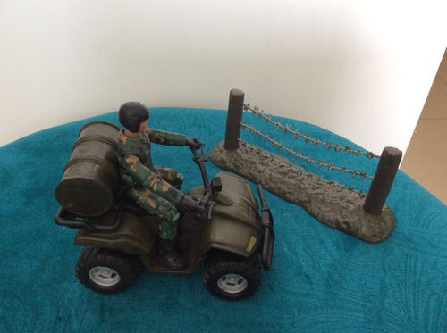 mini playset quadriciclo 1/18 - world peacekeepers