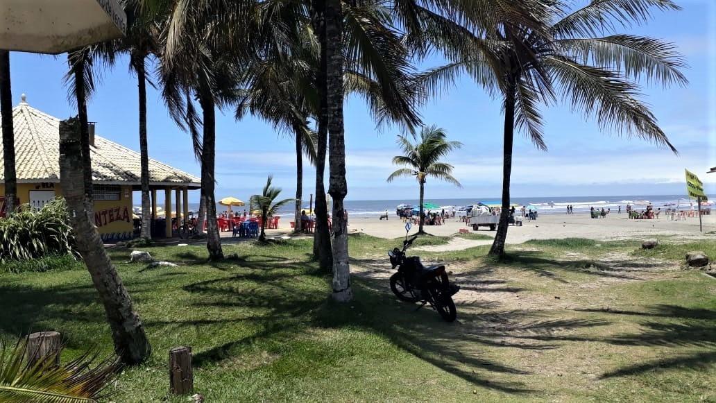 mini pousada a 500 metros da praia em itanhaém