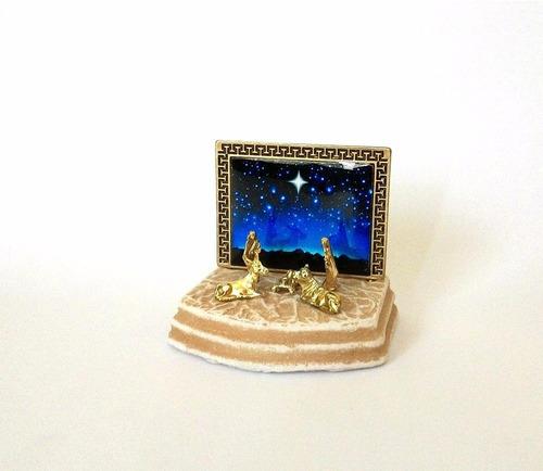 mini presépio com painel céu estrelado - 6cm