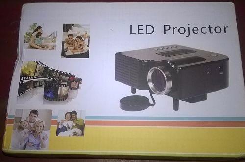 mini proyector multifuncional