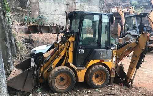 mini-retroescavadeira jcb 1cx ano: 2008