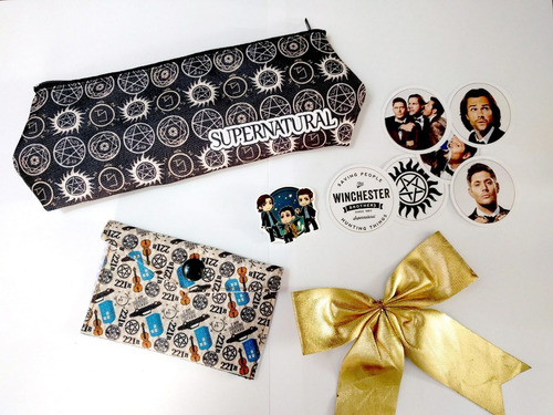 mini set para regalo supernatural dean winchester sam castie
