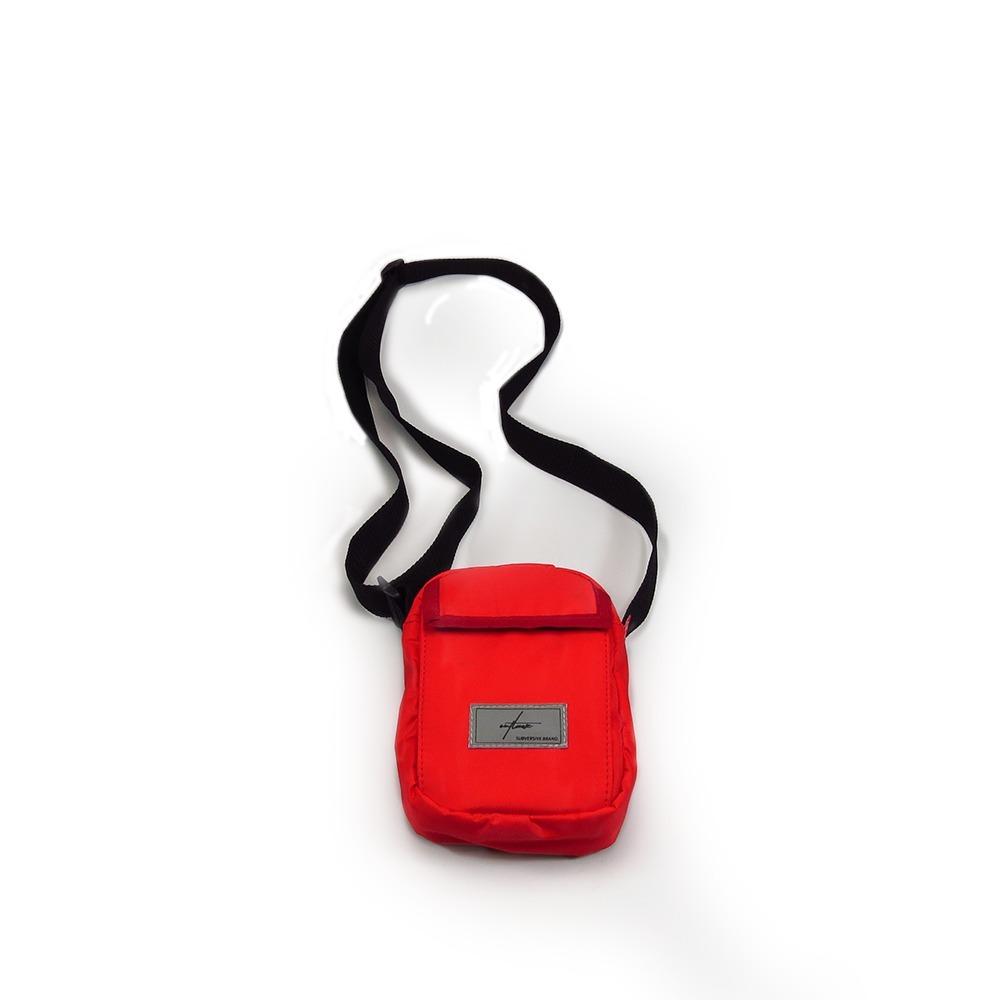mini shouderbag impermeável outlawz vermelha. Carregando zoom. 7e510965d6d