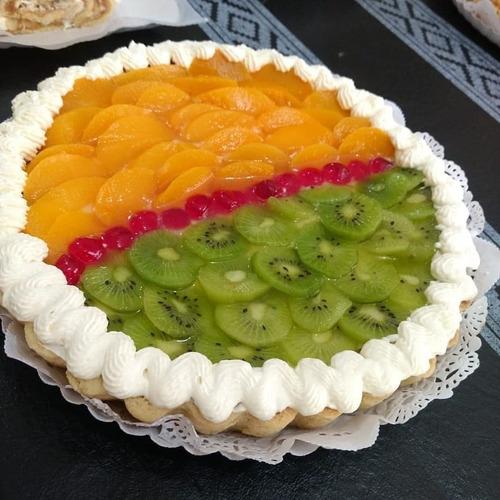 mini tortas infantiles. variedad de tartas frutales