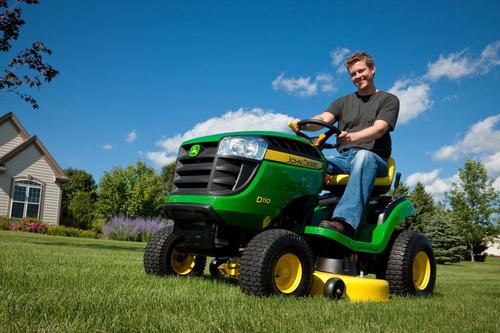 mini tractor john deere d 110. 19 hp