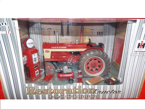mini trator farmall 460 com acessórios 1:16 dusty version