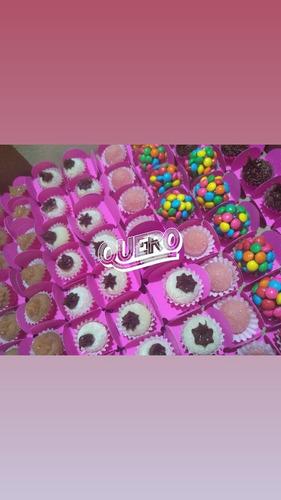mini trufas e doces para festa