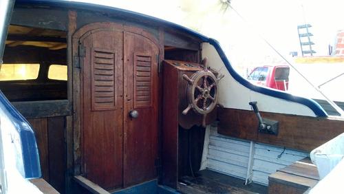 mini yate de madera