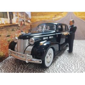 Miniatura 1/18 Cadillac Jada Coleção