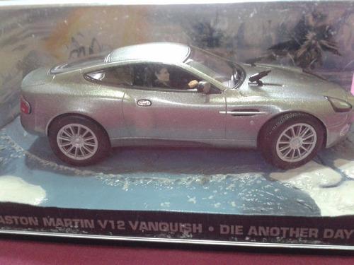 miniatura aston martin v12 vanquish - 007 die another die