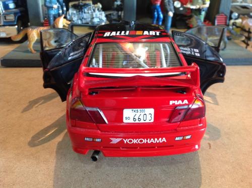 miniatura auto art 1/18 mitsubishi lancer evolution - rara!