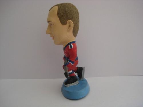 miniatura boneco esportivo