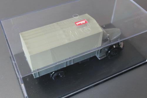 miniatura caminhão mercedes benz l6600 schuco 1:43 na caixa