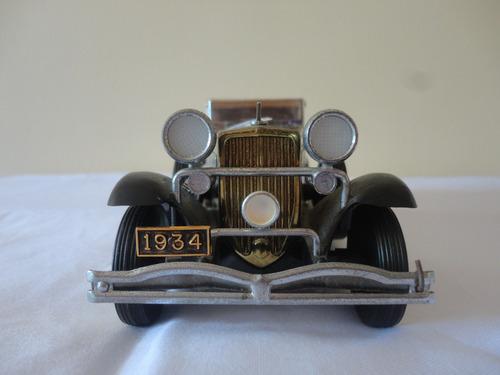 miniatura carro. ford modelo 1934. japão.