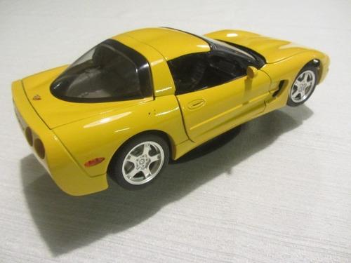 miniatura chevrolet corvette c5 - burago