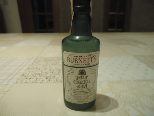 miniatura de bebida - burnett's