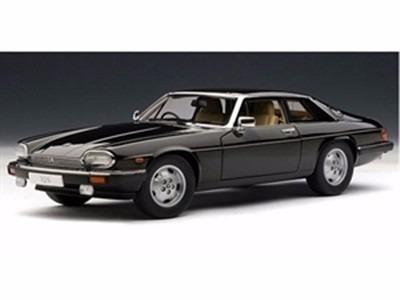 Miniatura De Jaguar Xj S Coupe Preto 1:18 Autoart 73577