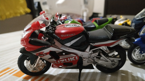 miniatura de motos - coleção jornal extra