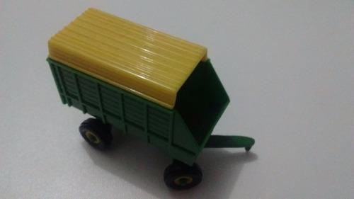 miniatura - john deere - vagão graneleiro para feno - 1/64
