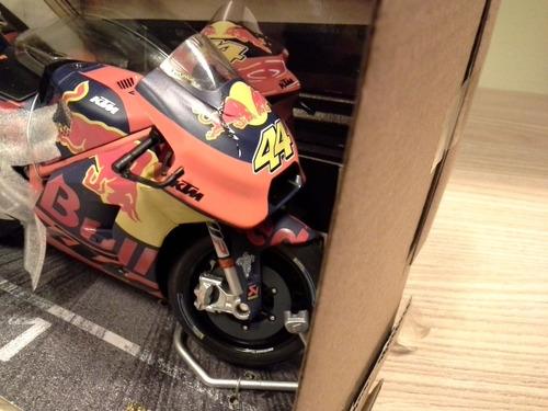 miniatura ktm rc16 motogp 2017 pol espargaro plástico 1:12