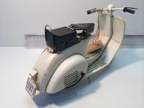 miniatura metal artesanal retro moto vespa lambreta branca