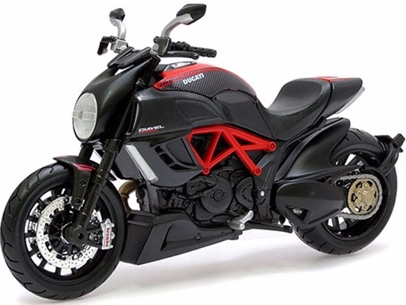 Ducati Diavel O Multistrada
