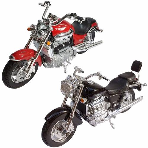 Triumph Rocket 3 III rojo 1//18 Welly modelo moto moto modelo