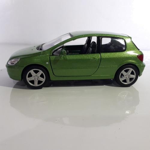 miniatura peugeot 307 xsi verde, 2001 , escala 1/32