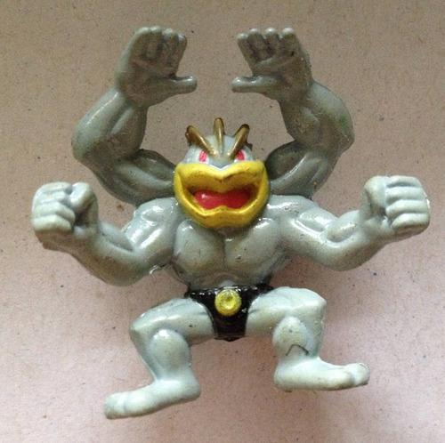 miniatura pokémon - machamp