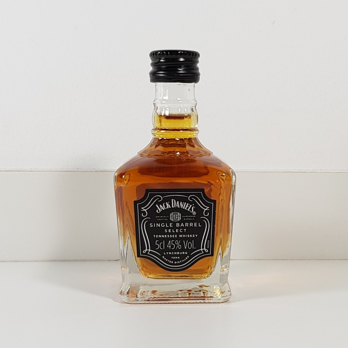 ddd77c31b8 miniatura whisky jack daniels single barrel 50ml - raríssima. Carregando  zoom.