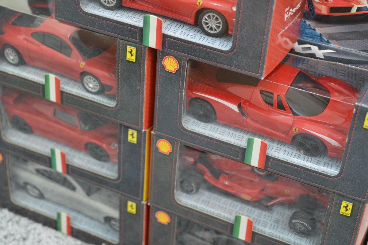 189b47fc71 miniaturas ferrari shell carrinhos coleção completa 1 38. Carregando zoom.