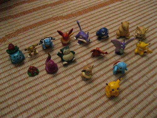 miniaturas pokemon 17 diferentes