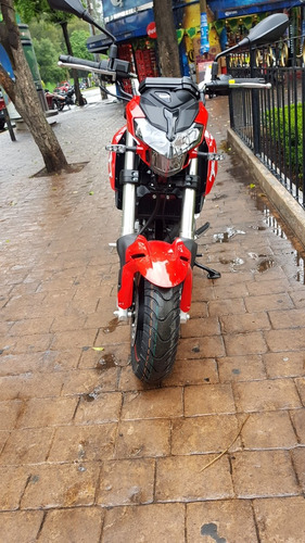 minibike benelli  tnt 135 naked de inyeccion electronica