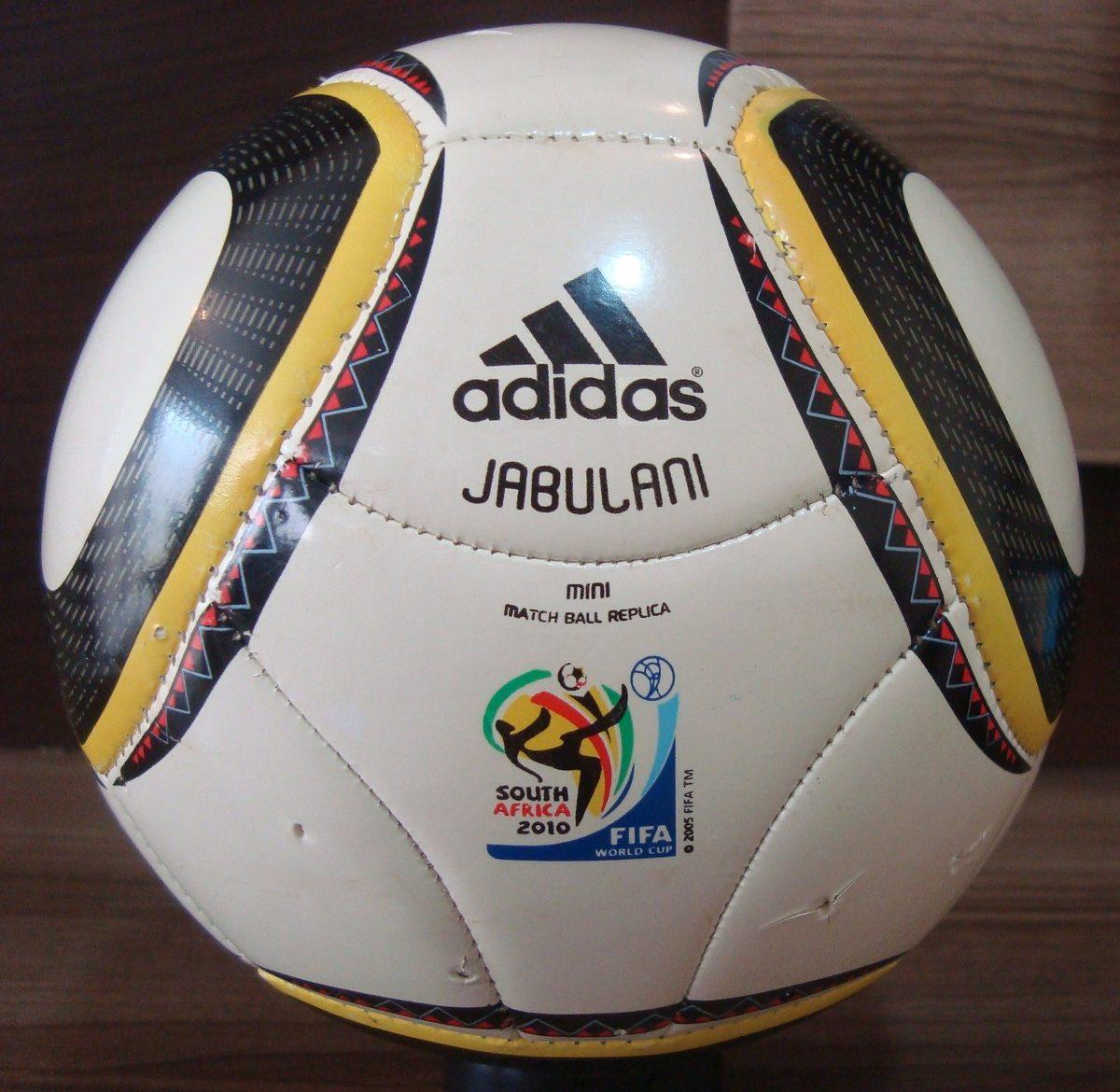 42fe990083 Minibola Da Copa Do Mundo Fifa - R  49