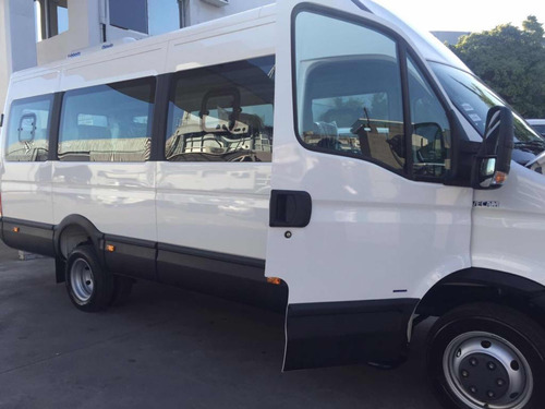 minibus iveco daily 19 asientos